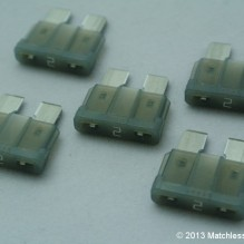 2 Amp ATO blade fuses (pack of 5)